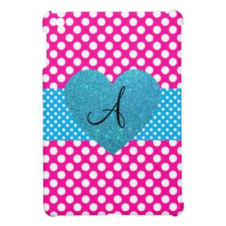 Lunares rosados y monograma blanco iPad mini fundas