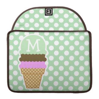 Lunares verdes del Celadon; Cono de helado Fundas Para Macbook Pro