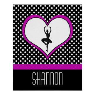 Lunares y corazón del bailarín rosado póster