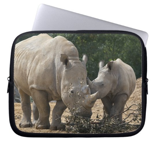 Lunch with Mum Laptop Sleeve