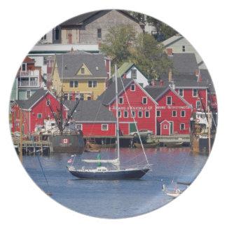 Lunenberg, Nova Scotia, Canada. 3 Party Plates