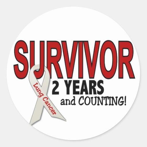 Lung Cancer Survivor 2 Years Round Stickers