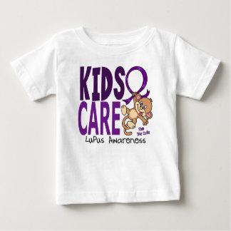 Lupus del cuidado 1 de los niños playera de bebé