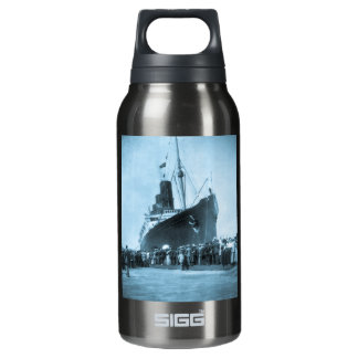 Lusitania Arrives in New York Vintage Insulated Water Bottle