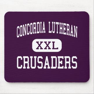 Lutheran de Concordia - cruzados - alto - Tomball Tapetes De Ratón