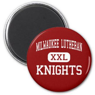 Lutheran de Milwaukee - caballeros - alto - Milwau Imanes De Nevera
