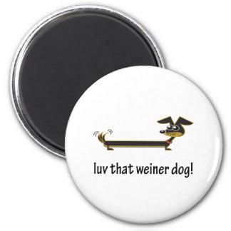 Luv That Weiner Dog 2 Inch Round Magnet