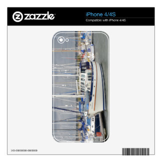 Luxurious Motor Sailor Harmony iPhone 4S Skin