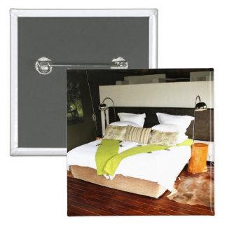 Luxury Safari Lodge Button