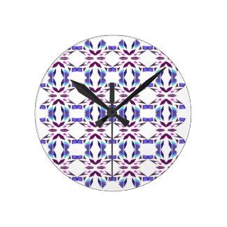 Luxury vint. ornaments on white round clock