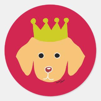 Luz amarilla de la corona del perrito de Labrador Pegatina Redonda