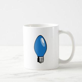 Luz azul del árbol de navidad tazas de café