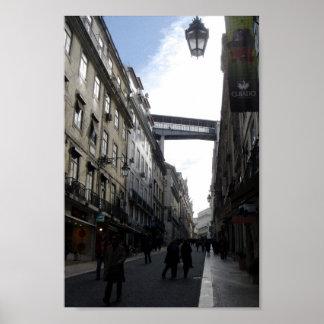 Luz de la ciudad de Lisboa Portugal en la ciudad d Poster