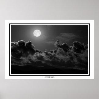 Luz de la Luna Llena Póster