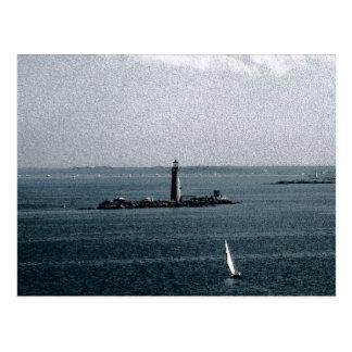 Luz de los sepulcros en el puerto de Boston Tarjeta Postal