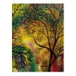 Luz del ARTE POPULAR detrás de los árboles POR la  Tarjeta Postal
