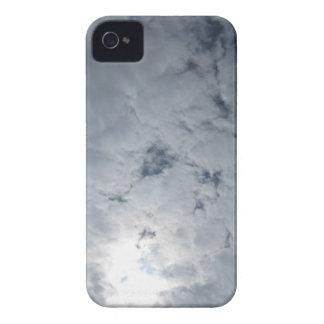 Luz del sol de la nube del cielo iPhone 4 carcasas