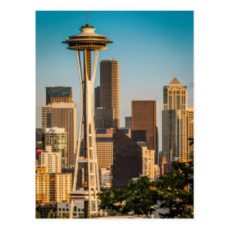 Luz del sol del ajuste en la aguja y la Seattle Tarjetas Postales