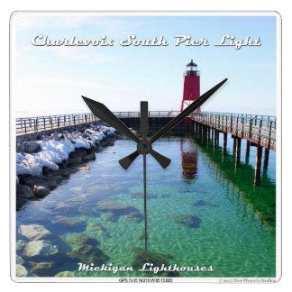 Luz del sur del embarcadero de Charlevoix Reloj Cuadrado
