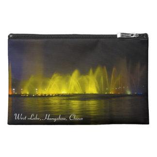 Luz-Demostración colorida del lago del oeste