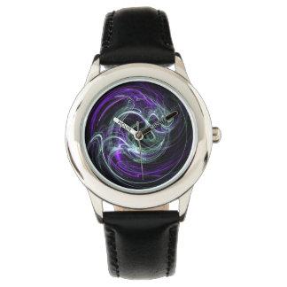 Luz dentro - remolinos abstractos de la violeta y reloj