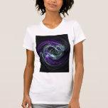 Luz dentro - remolinos de la violeta y del añil camisetas