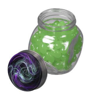 Luz dentro, remolinos violetas abstractos de la jarras de cristal jelly bely