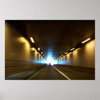 Luz en el extremo del túnel por SRF Impresiones