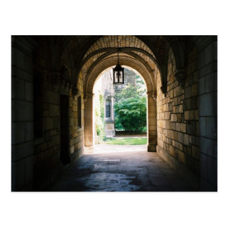 Luz en el extremo del túnel tarjetas postales