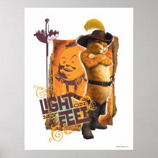 Luz en mis pies posters