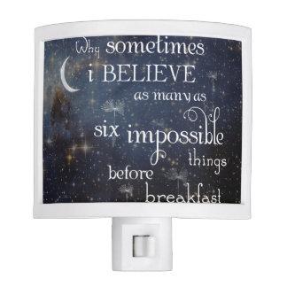 Luz imposible de la noche de las estrellas de las