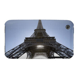 luz que brilla a través de la torre Eiffel iPhone 3 Cobertura