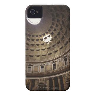 Luz que brilla con oculus en el panteón adentro iPhone 4 carcasa