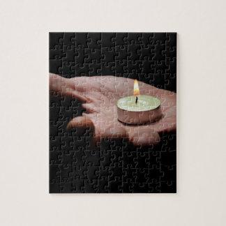 Luz que lleva de la mano puzzle