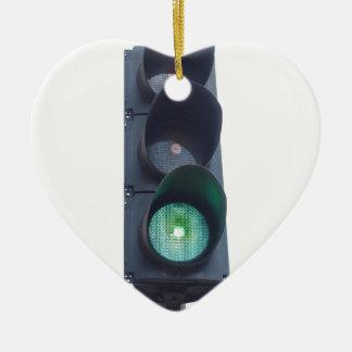 Luz verde adorno navideño de cerámica en forma de corazón