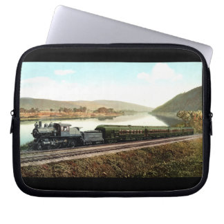 LVRR Black Diamond Express Computer Sleeve
