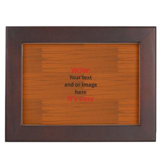 Lyer bajo de madera añade su propio texto cajas de recuerdos