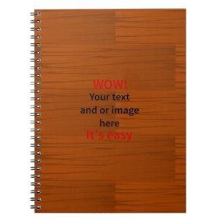 Lyer bajo de madera añade su propio texto notebook