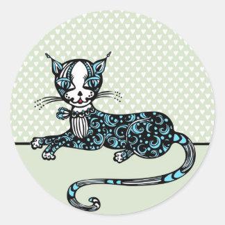 Lying cat classic round sticker