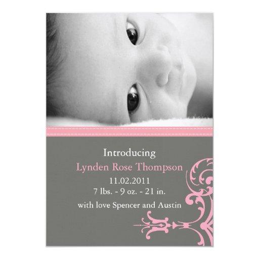 Lynden subió la invitación del nacimiento