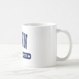 Lynn Massachusetts College Style tee shirts Classic White Coffee Mug