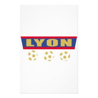 Lyon foot stationery