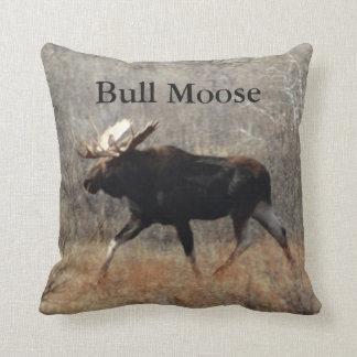 M0010 Bull Moose Throw Pillow