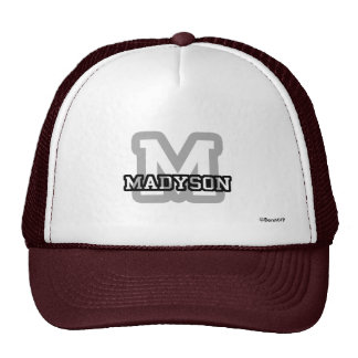 M está para Madyson Gorro