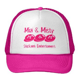 M&M, Stickam Entertianers, Mia y brumoso Gorras