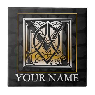 """M """"su"""" teja de piedra negra céltica conocida del m"""