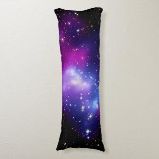 MAC J0717 del racimo de la galaxia Almohada