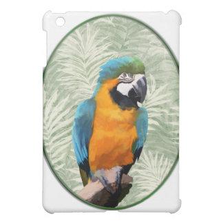 Macaw del azul y del oro con el fondo de la selva
