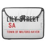 Lily STREET   MacBook Pro Sleeves