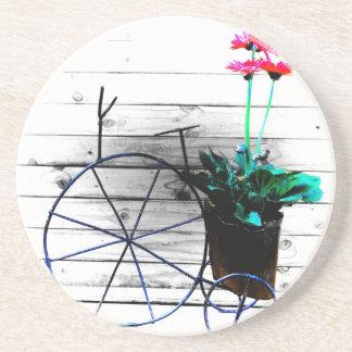 Maceta en un triciclo posavasos de arenisca